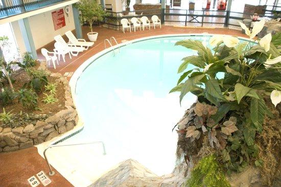 Chattanooga Choo Choo: Indoor Pool View