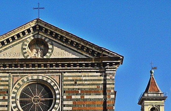 Chiesa di San Francesco : La prima chiesa dedicata a San Francesco al mondo.