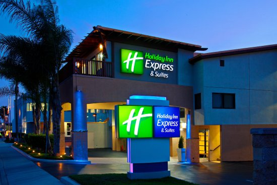 Holiday Inn Express Solana Beach on Hwy 101 South-bound view