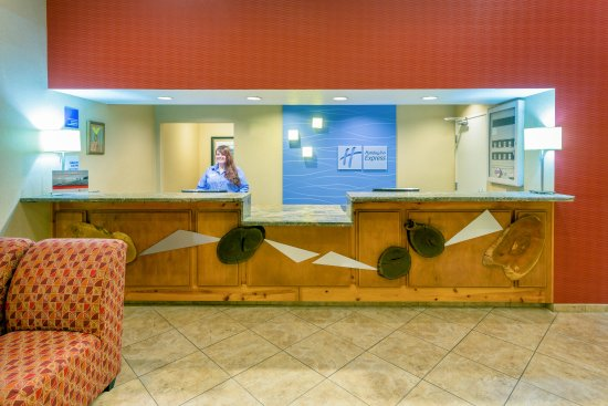 Roseburg, OR: Front Desk Reception Area is here to greet you