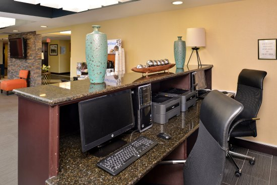 Holiday Inn Express & Suites Austin - Sunset Valley: Business Center