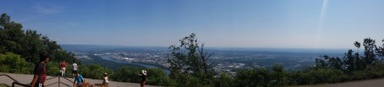 Lookout Mountain, TN: Beautiful vista from Point Park.