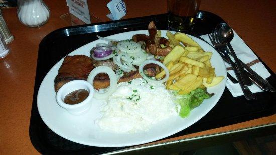 Schweitenkirchen, Alemania: grigliata