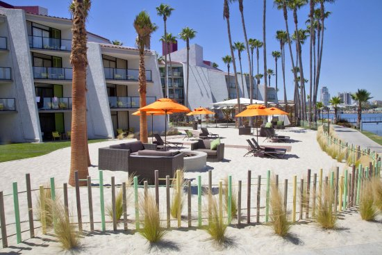 Photo of Hotel Maya - A DoubleTree By Hilton Hotel Long Beach