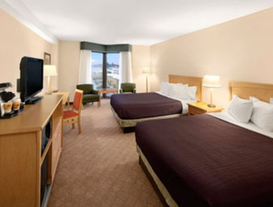 Travelodge Hotel Saskatoon: Standard 2 Double Room