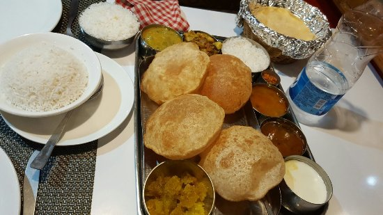Dasaprakash: Very good food!!