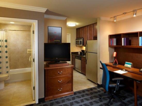 TownePlace Suites Houston North/Shenandoah: Studio