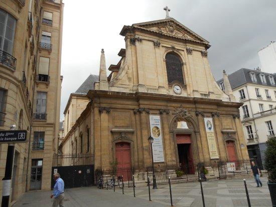 Ppppppp picture of place des victoires paris tripadvisor - Place des victoires metro ...