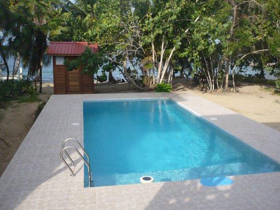 Hopkins, Belize : Course pool