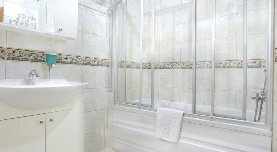 Hotel Ilkay: Standard Room Bathroom