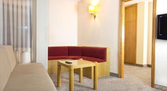 Hotel Ilkay: Suite Room -  Living Room