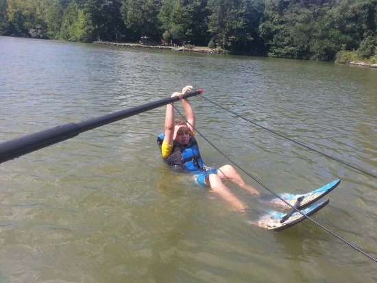 Rocking Horse Ranch Resort: Water skiing