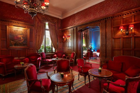 Hotel Raphael: English Bar
