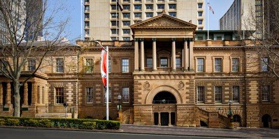 InterContinental Sydney: Hotel Exterior