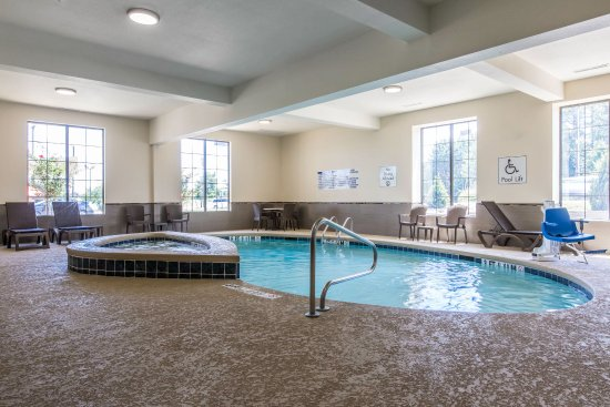 Comfort inn suites west macon g orgie voir les for Tarif piscine macon