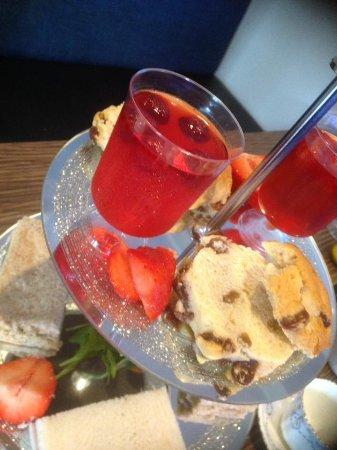 Eccles, UK: Afternoon Tea
