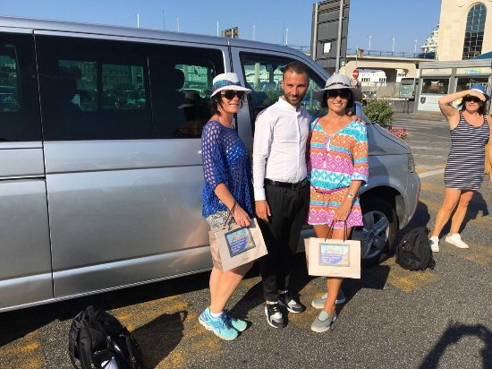 Limo Service Naples: Thanks Marco for a fabulous day. You are the best driver in Naples!