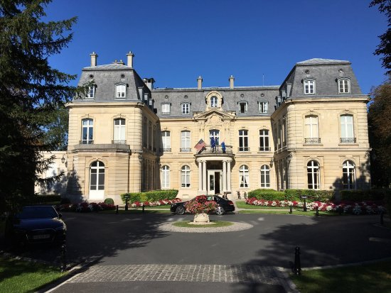 Chateau Les Crayeres: The stunning Chateau Les Crayere