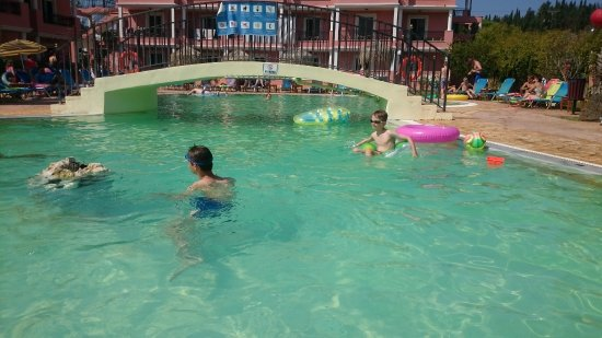 The Main Pool - Picture of Sidari Water Park Fun Park ...