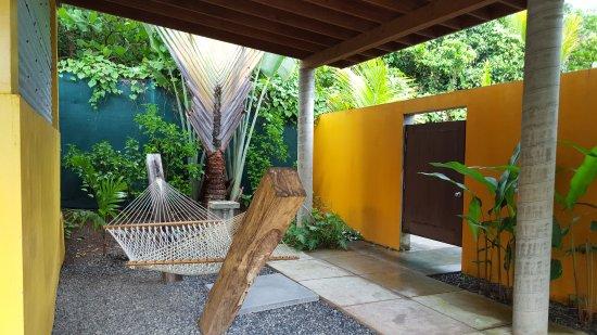 Pagua Bay House Oceanfront Cabanas: Garden Suite #5