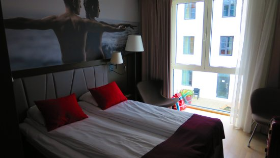 Quality Hotel Waterfront Alesund: petite chambre