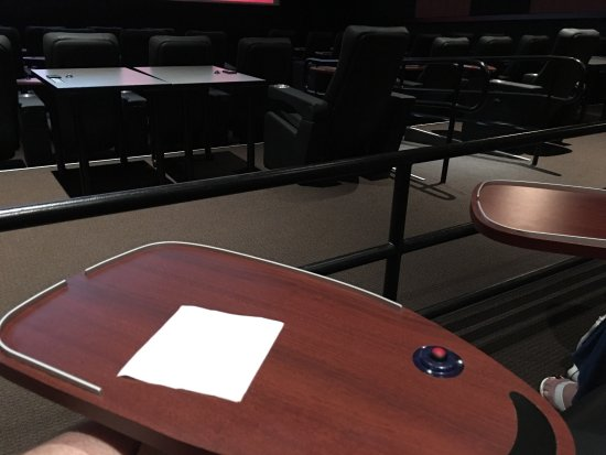 Movie Tavern: photo0.jpg