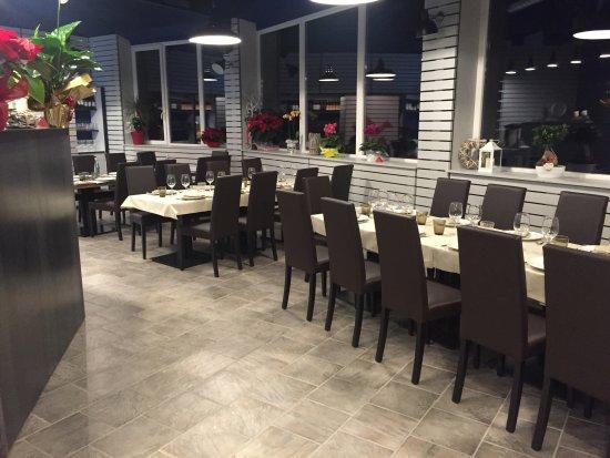 Montespertoli, Italia: interno ristorante
