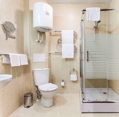 Arkadia Hotel: Bathroom