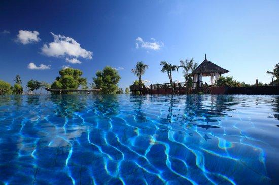 Barcelo Asia Gardens Hotel & Thai Spa: Langkawi Pool