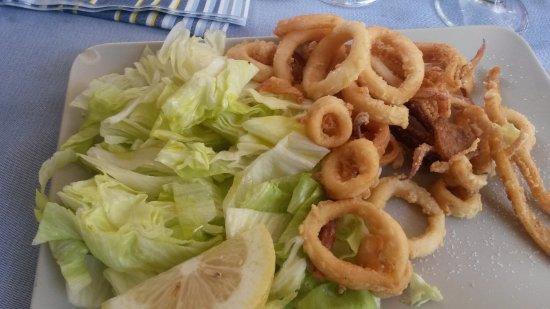 Casoria, Italia: frittura di calamari