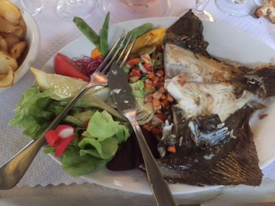 Monflanquin, Frankreich: My Turbot supper