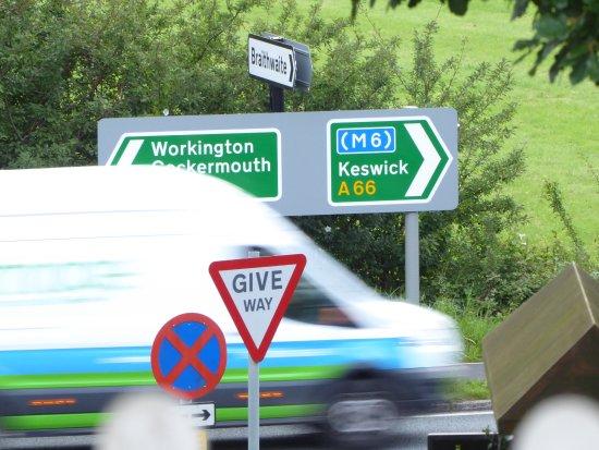 Braithwaite, UK: The traffic on the highway was ever present.