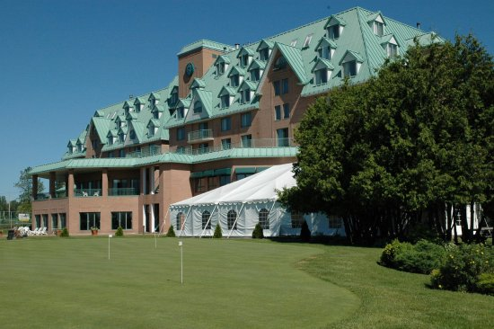 DoubleTree by Hilton Hotel Gatineau-Ottawa : Exterior
