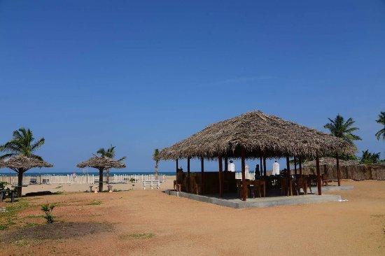 Hotel Arugam Bay Beach Inn