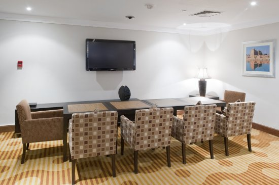 Staybridge Suites Cairo-Citystars: Guest Lounge