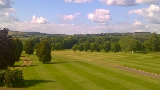 Bodyke, Irland: First fairway, taken from clubhouse balcony
