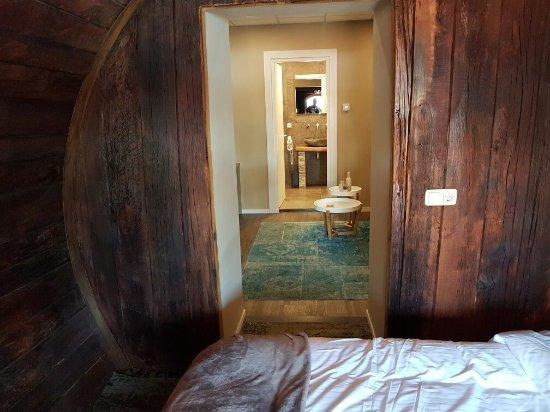 Kamer Romantisch Maken : De inrichting van de moderne wijnvat kamers zeer mooi en sfeervol