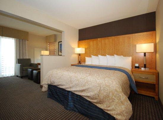 Нашионал-Сити, Калифорния: Two Queen Suite Room