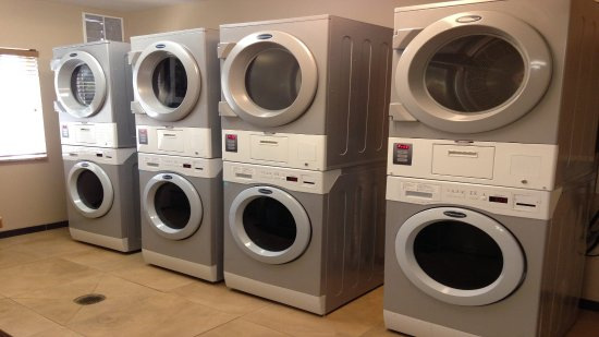 Candlewood Suites Athens-GA: Complimentary Laundry