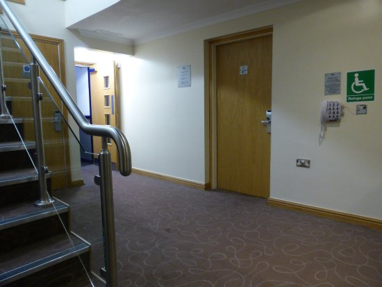 Aldridge, UK: Accessible room second floor