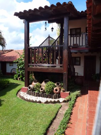 San Ignacio de Velasco, Bolivia: Nodo de acceso al 2º nivel