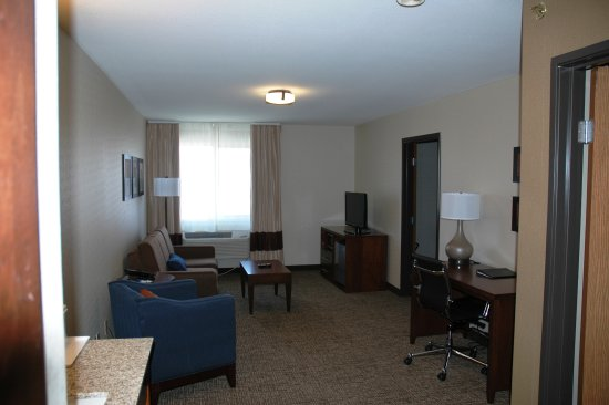 Comfort Inn: 2 Room Suite