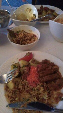 Voujon Indian Cuisine: Lamb shashlik