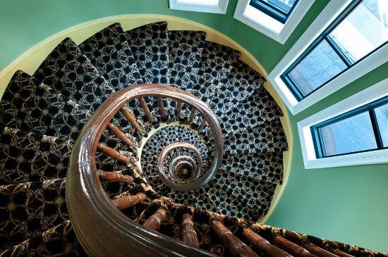 Hotel Brexton: Stairs