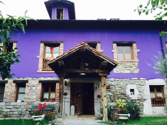 Bode, Spanien: 100%recomendable! Una casa entre montañas,acogedora y confortable.Carlos y Humi increíbles anfit