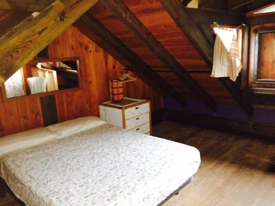 Bode, España: 100%recomendable! Una casa entre montañas,acogedora y confortable.Carlos y Humi increíbles anfit