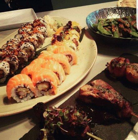 Sticks 'n' Sushi - Valby: received_1094168660638859_large.jpg