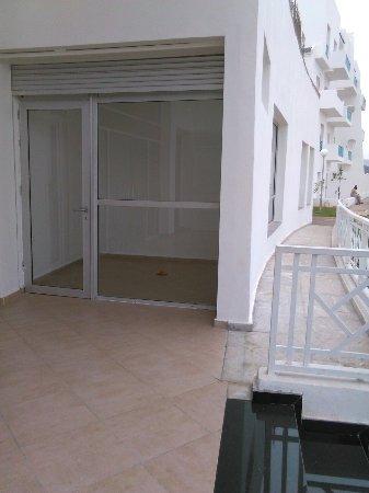 M'Diq, Marruecos: Hotel en chantier, 2 batiment sur une dizaine de dispo. Les autres en chantiet