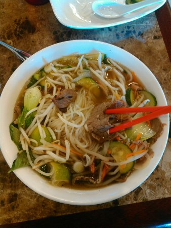 Pho Ever Vietnamese Cuisine & Asian Bistro: Beef and pork Pho with regular broth