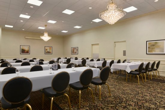 West Middlesex, Pensilvania: Manchester Room